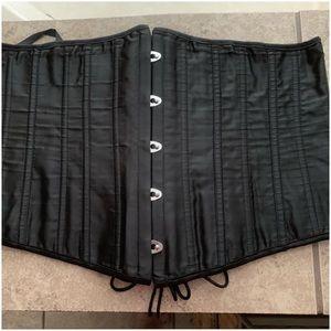 Black Corset - Waist ShapeWear. Size 3XL